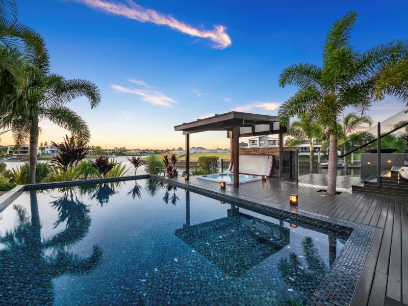 Enchanting Waterfront Masterpiece in Prestigious River Links Estate (Ray White Sovereign Island)