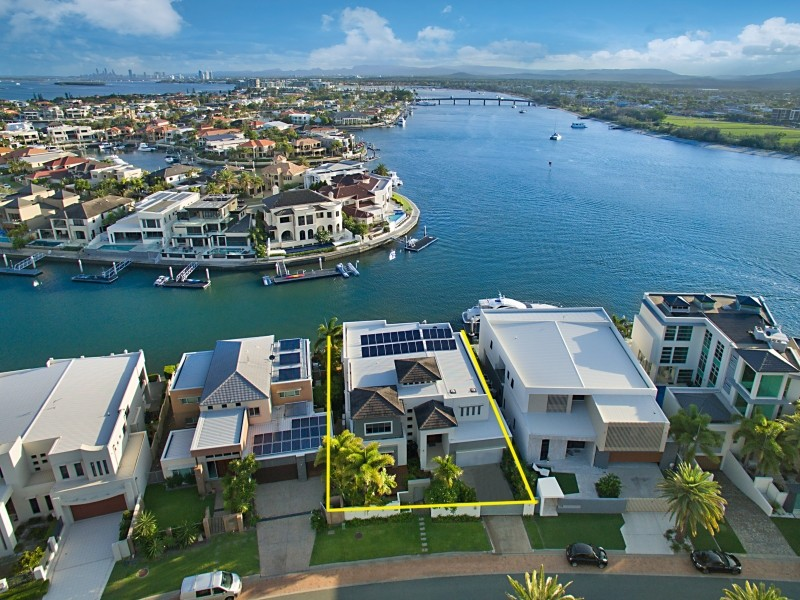 12 Westminster Crt, Sovereign Islands