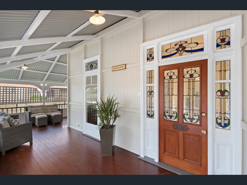 Surrender to the spell of a richly restored Queenslander (Long Vision Real Estate)