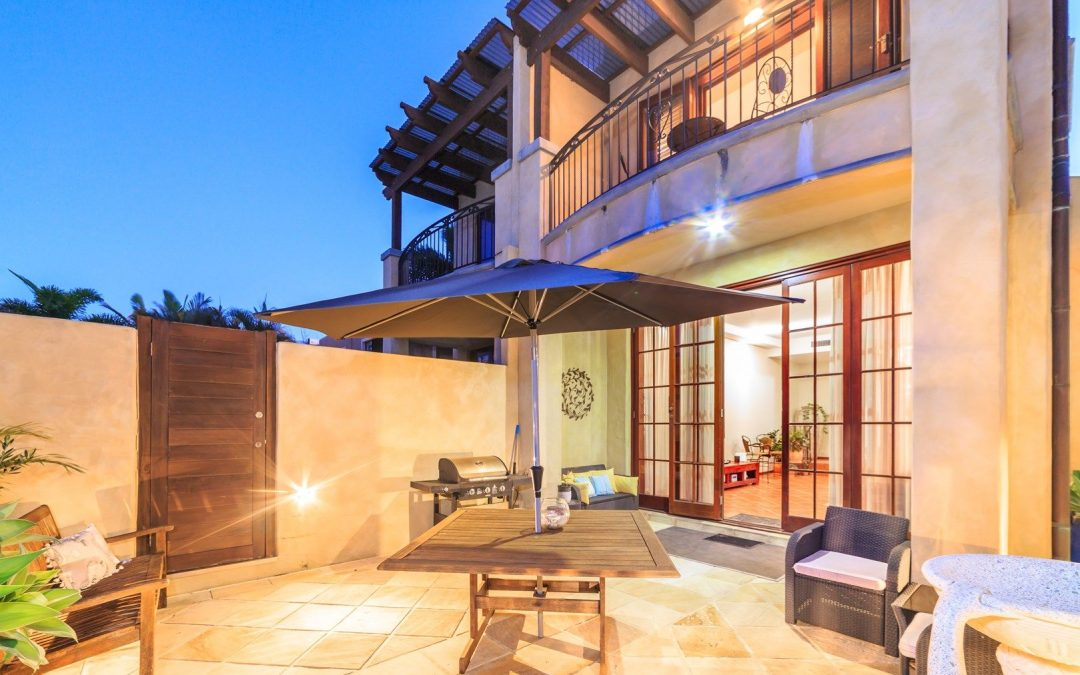 Tuscan Inspired, Multi-level Villa, Moments from Millionaire's Row (Harcourts Coastal)