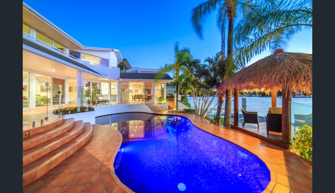 105-Commodore-Drive-Paradise-Waters