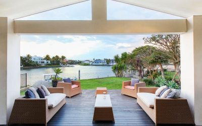 Make Your Mark on One of the Gold Coast's Most Iconic Streets. Endless Potential, Right on Main River – Must Be Sold! (Kollosche Prestige Agents)