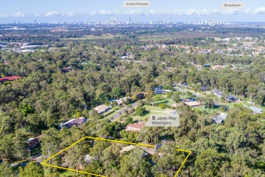 RARE DUAL LIVING OPPORTUNITY ON SPRAWLING 5000SQM BLOCK WITH 25M POOL! (Ray White Broadbeach)