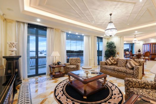 Palazzo Versace Penthouse – The Ultimate in Opulence (Kollosche Prestige Agents)