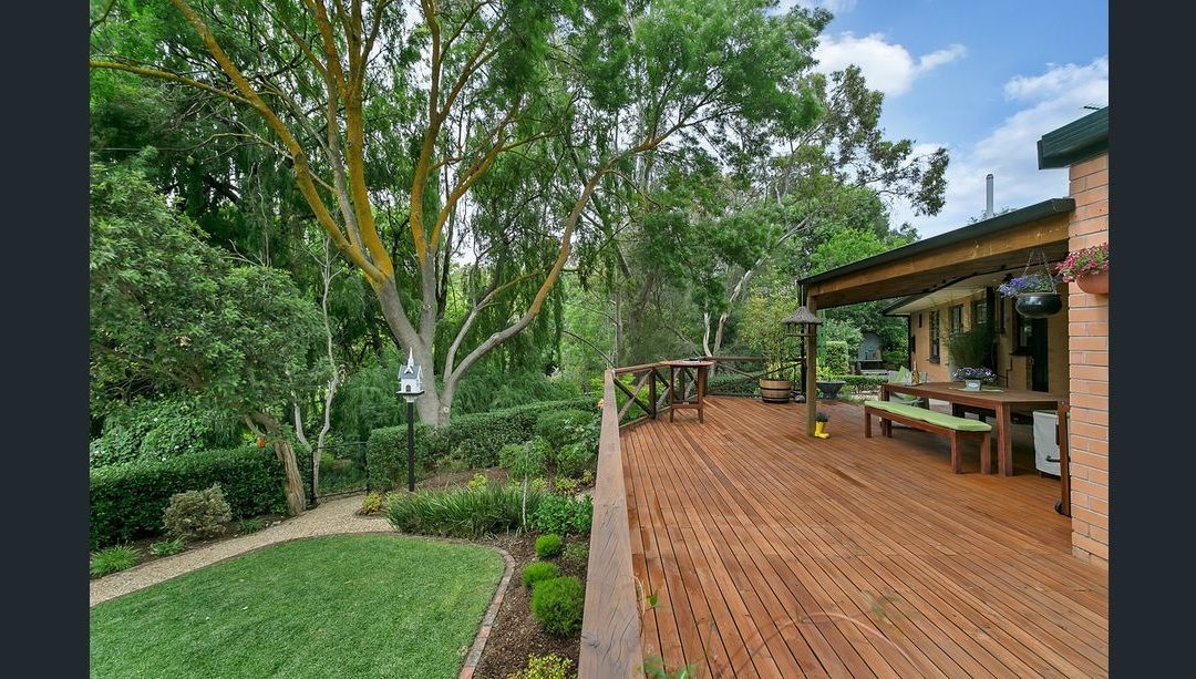 Peaceful, private and an impeccably presented family home (LJ Hooker Stirling)