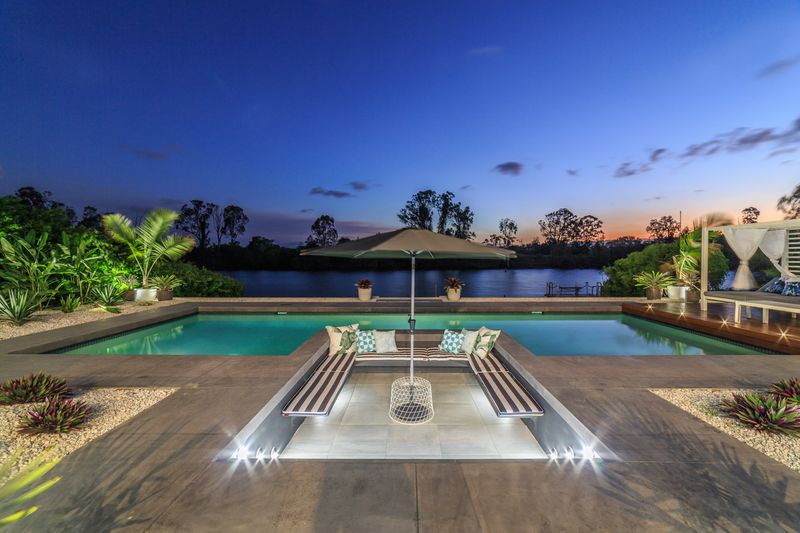 5-Riverbank-Real-Estate-Copywriter