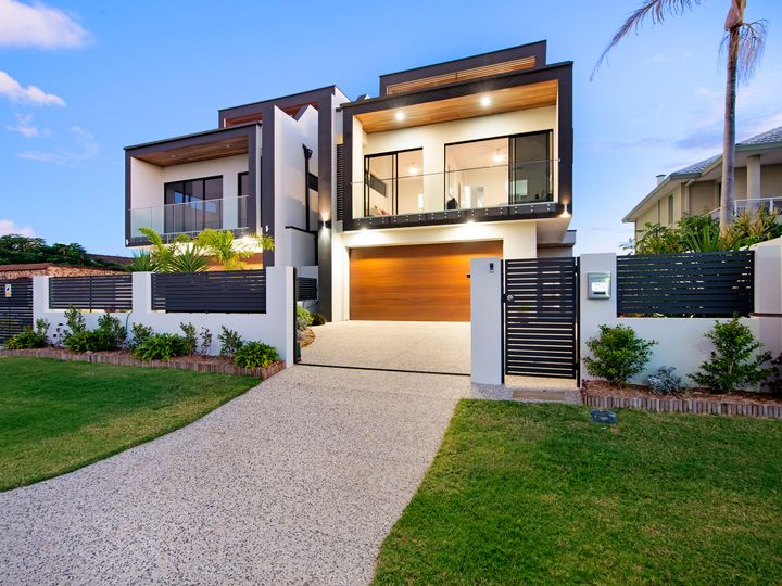 20A-DelungraSt-Broadbeach-Waters