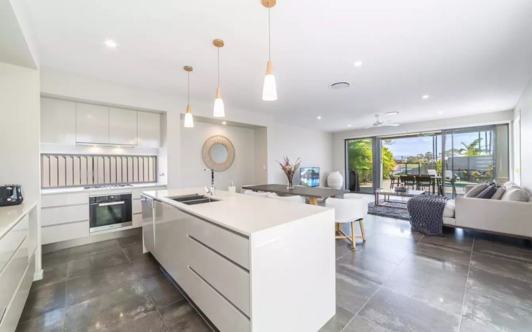 When Luxury Lakeside Living Beckons (Raywhite Broadbeach)