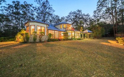 Dual Living Heritage Haven on 8 Lush Acres (Raywhite Broadbeach)