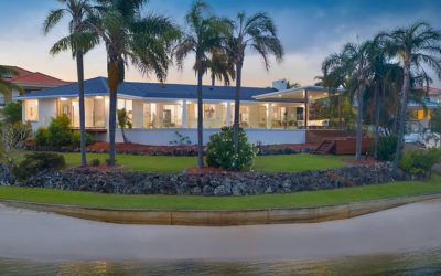 Superb Point Position Property with Endless Water Views (Kollosche)