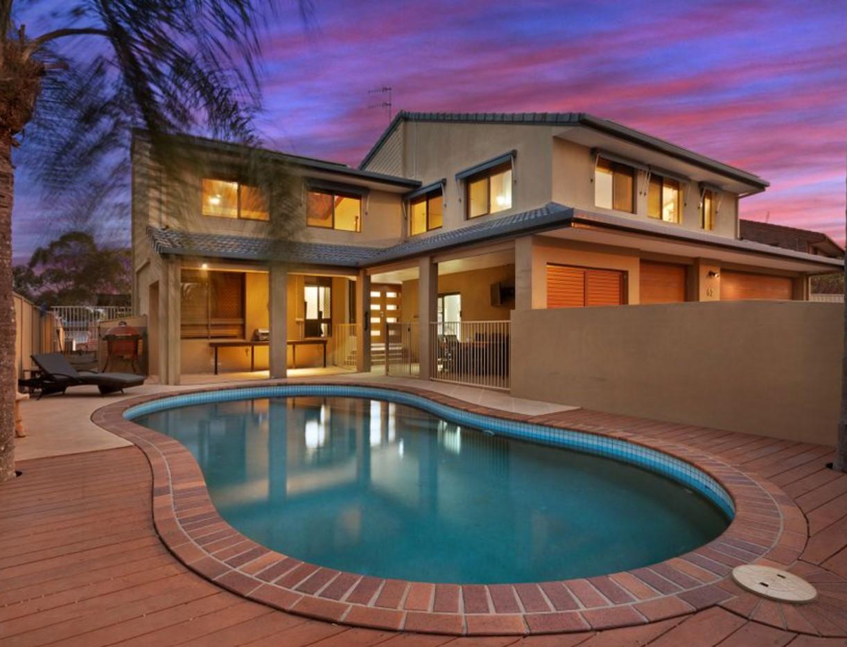 https://www.realestate.com.au/property-house-qld-elanora-132535054