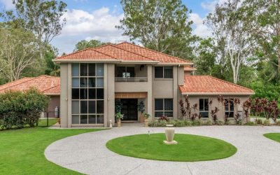 Idyllic 1ha Leafy Oasis, only 17km from CBD (QLD Sotheby's International Realty)