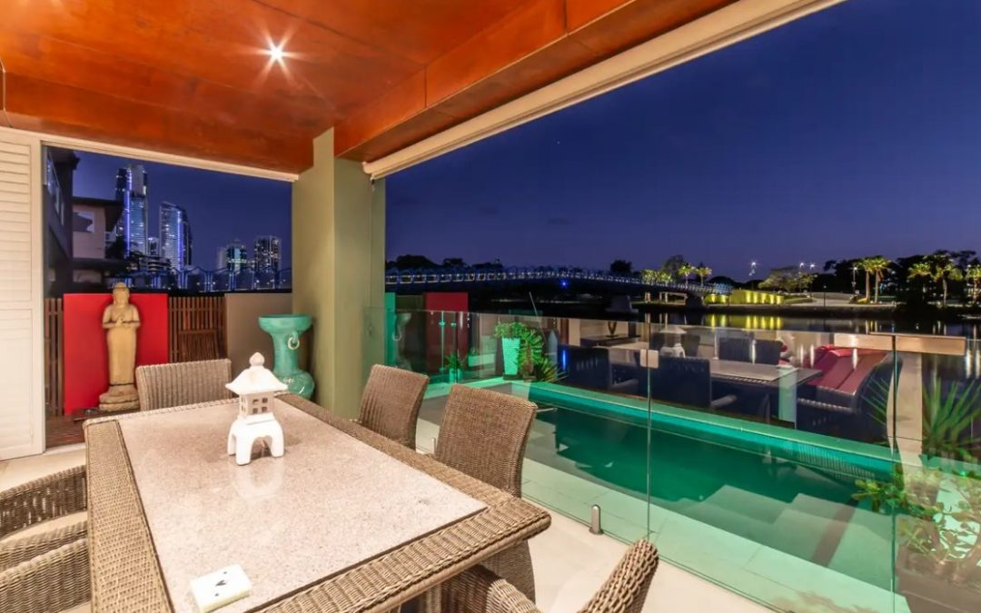 Deluxe Main River Duplex with Superb View (Ray White Broadbeach)
