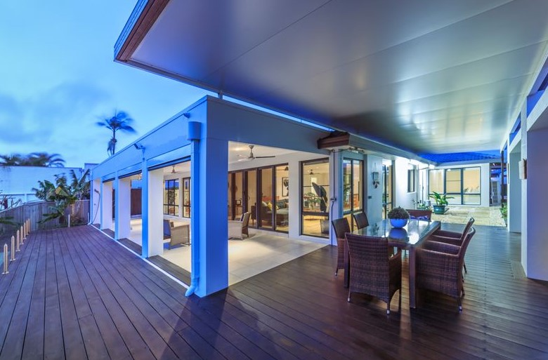 Stunning Single Level Entertainer, Moments from Main River (Ray White Broadbeach)
