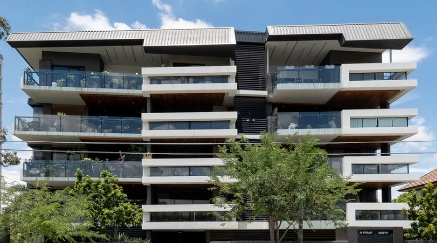 Boutique Living in the Heart of Highgate Hill (Leo Tsimpikas)