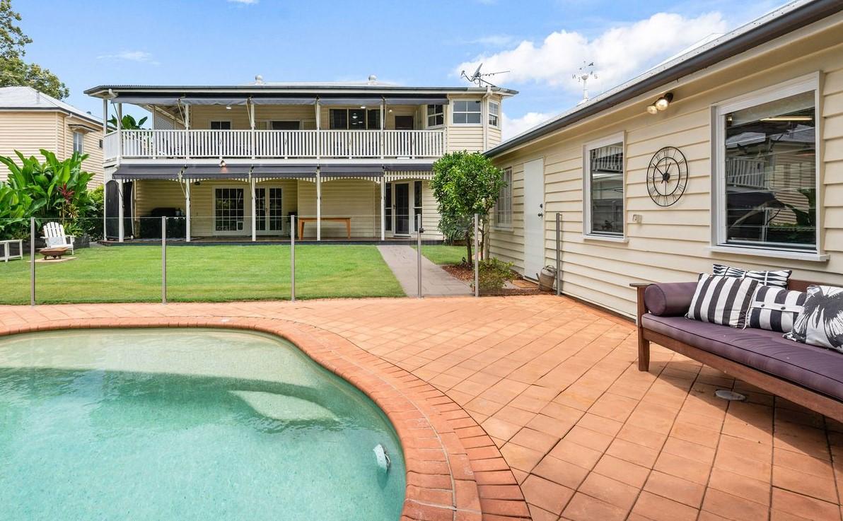 https://www.realestate.com.au/property-house-qld-kalinga-135441170