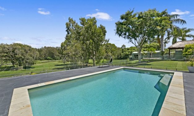An Idyllic Single Level Paradise on One Acre (PRD Burleigh Heads)