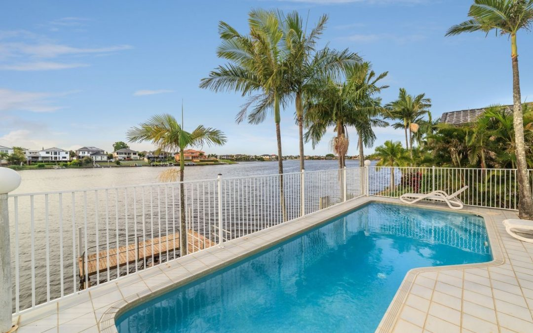 Wide Waterfront Northern Aspect Views in Sought-After Clear Island Waters (Ray White Broadbeach)