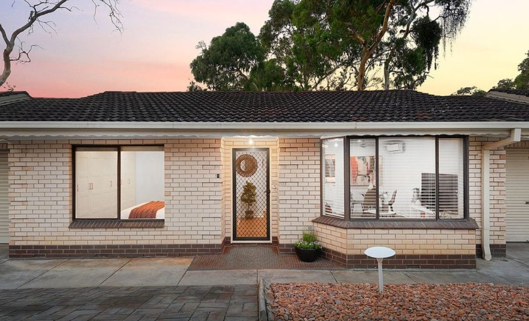 Renovated Perfection – Contemporary Unit in a Central Location (eview Group)
