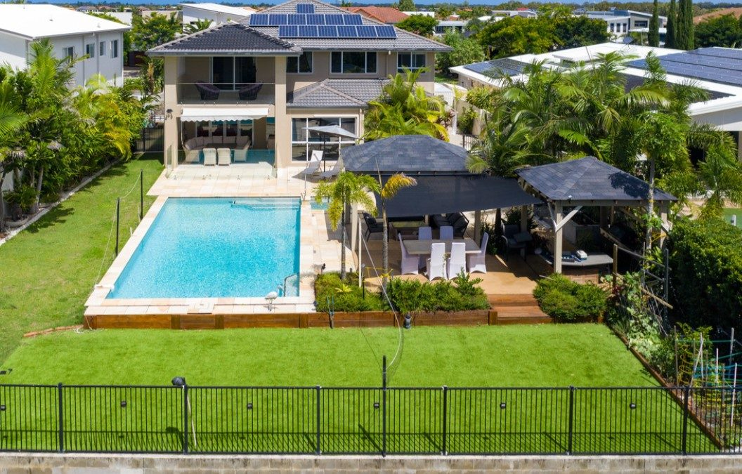 Style, Sophistication and Space: Waterfront Family Living at its Finest (Professionals Vertullo Real Estate)