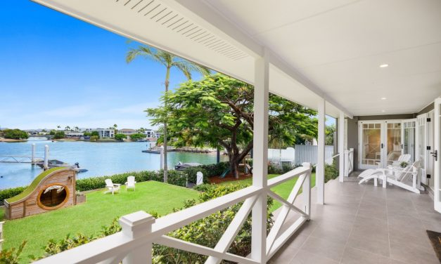 The Finest in Family Living – Classic Coastal and Contemporary Style Home (Kollosche)