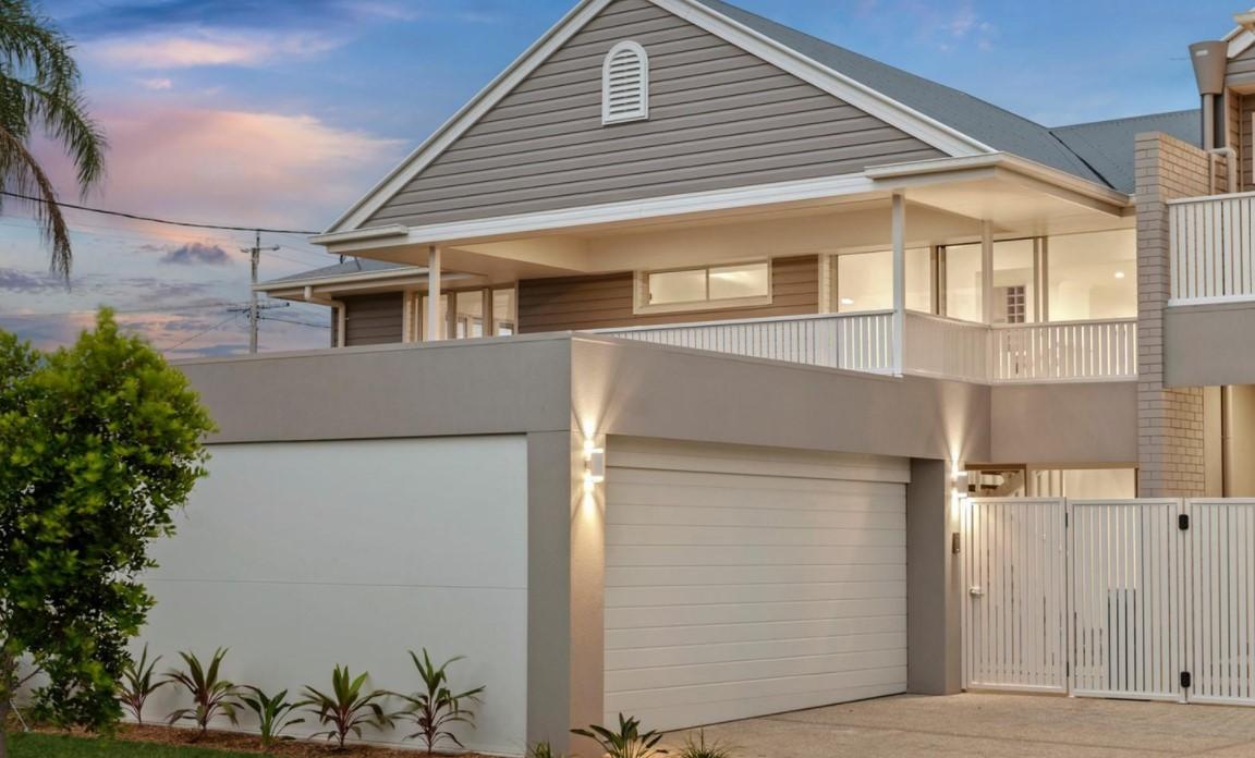 https://www.mcgrath.com.au/2-9-sapphire-street-hollywell-qld-4216-for-sale-479127