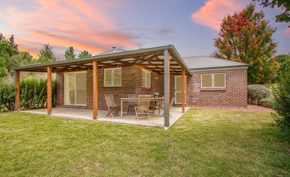 Unbeatable Investment – Secure 6% Yield! (Laing and Simmons Armidale)