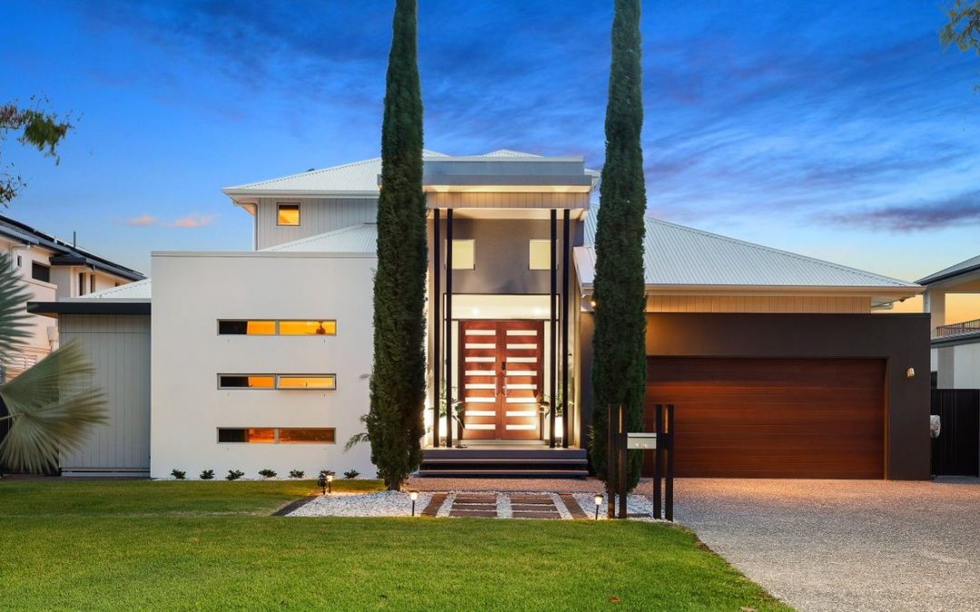 Luxury Emerald Lakes Masterpiece (Ray White CG – Broadbeach Waters)
