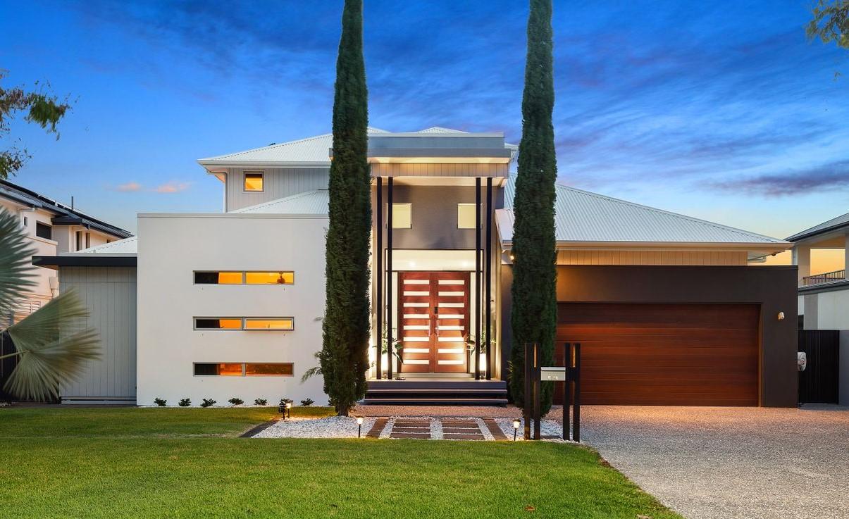 https://www.realestate.com.au/property-house-qld-carrara-135638526
