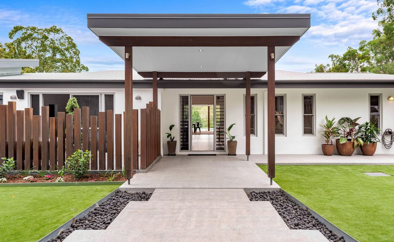 https://www.realestate.com.au/property-house-qld-chandler-135761538