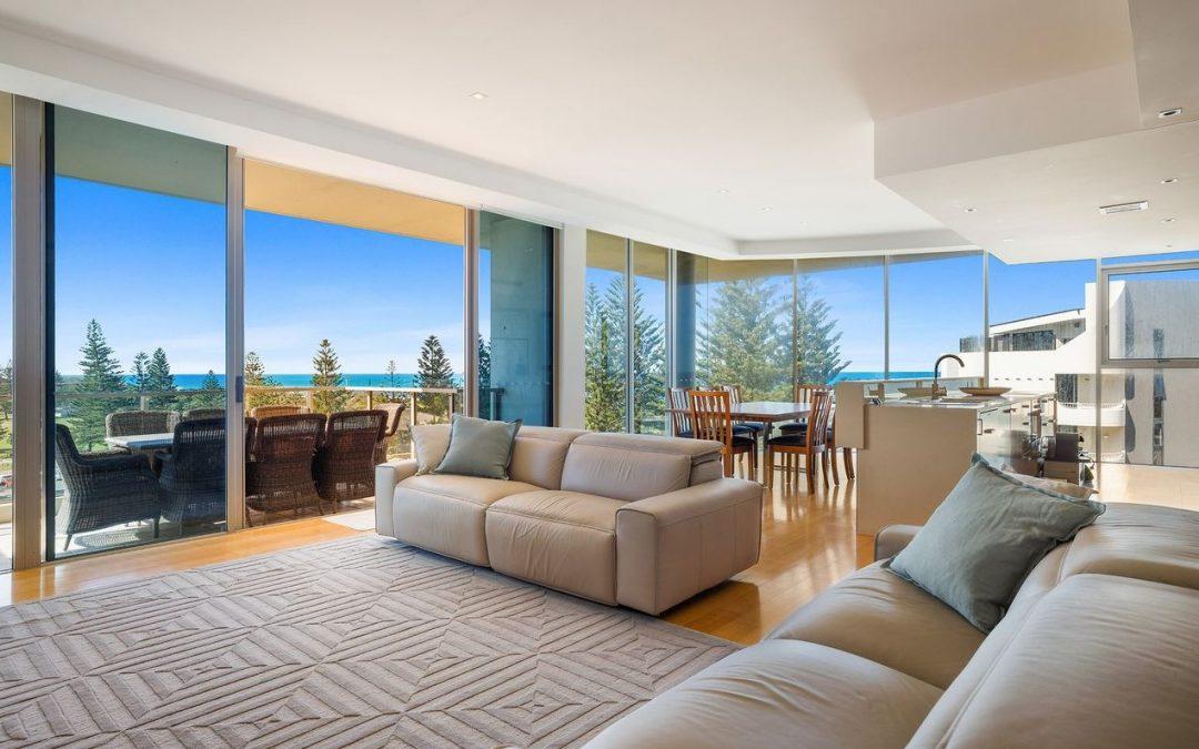 Exclusive Ocean View Apartment on Prestigious Hedges Avenue (Kollosche)