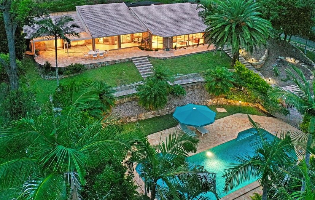 Serenity, Seclusion and Impeccable Family Living (PRD Burleigh Heads)