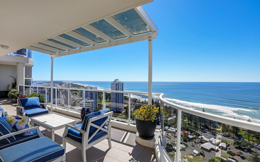 Fully Renovated Sub-Penthouse Perfection in Popular Main Beach (Ray White Surfers Paradise)