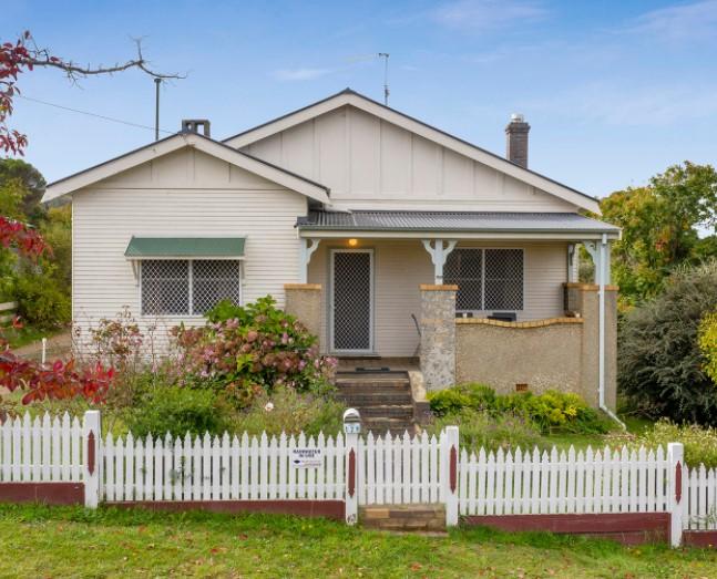 https://lsre.com.au/property/house-nsw-armidale-1p0233/