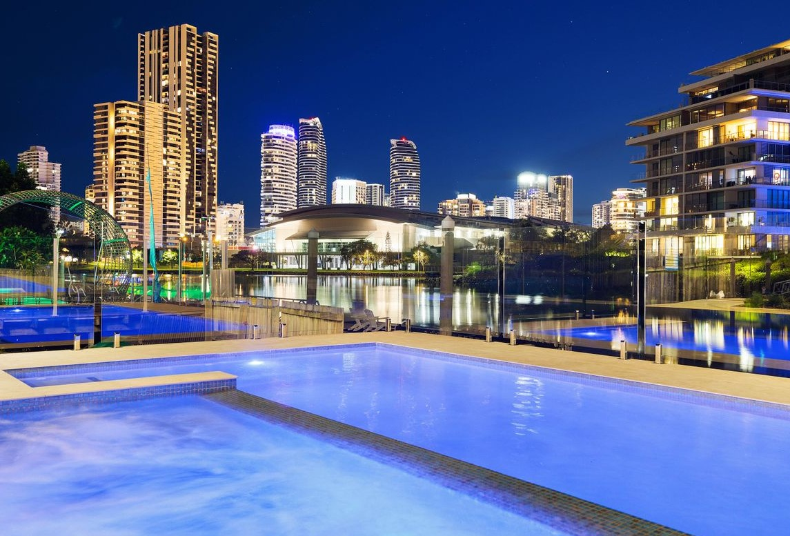 https://www.realestate.com.au/property-house-qld-broadbeach+waters-135869618