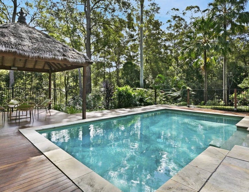 https://www.realestate.com.au/property-house-qld-tallebudgera+valley-136059786