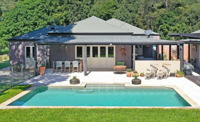 Your Own Piece of Rural Paradise (PRD Burleigh Heads)