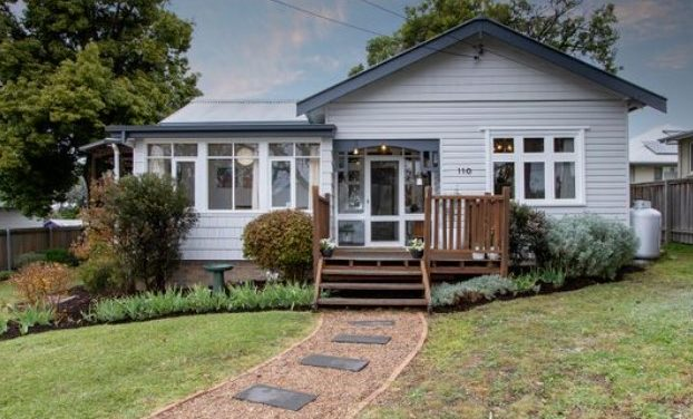 Quaint Cottage Charm with Gorgeous Granny Flat (Laing + Simmons Armidale)