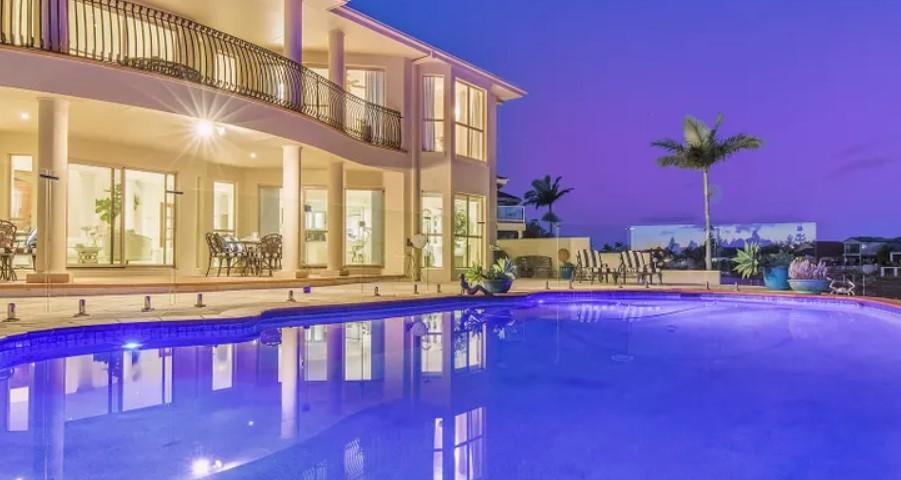 Sprawling Waterfront Opulence (Astras Prestige Property)