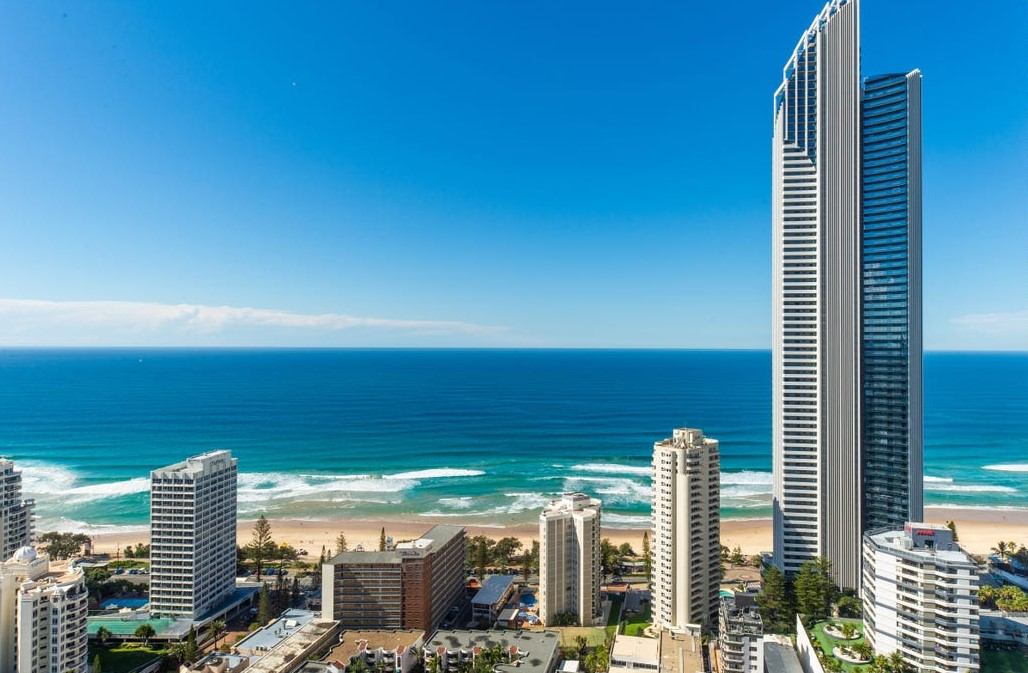 Contemporary 286m2 Sub-Penthouse – Renovated to Perfection – Owners Moving Elsewhere! (Ray White Prestige Gold Coast – Surfers Paradise)