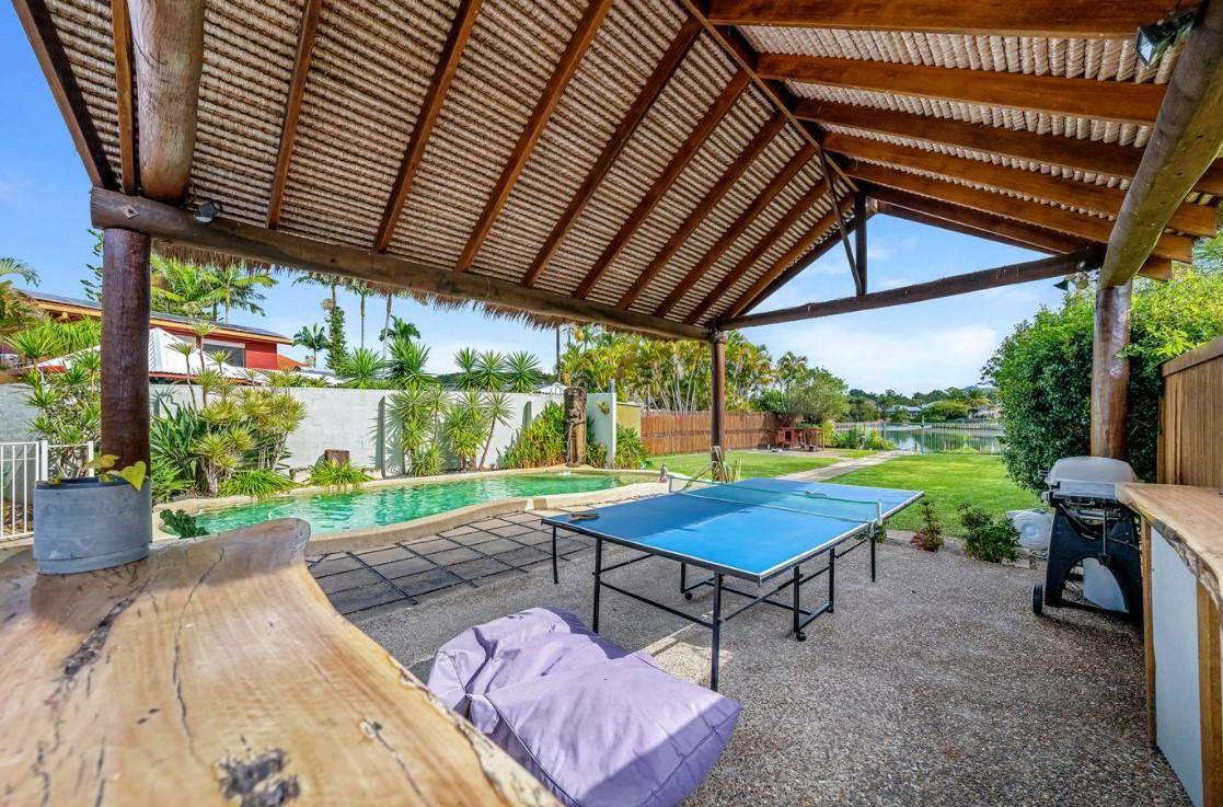 https://www.coastal.com.au/property/house-qld-currumbin-waters-l12410336/