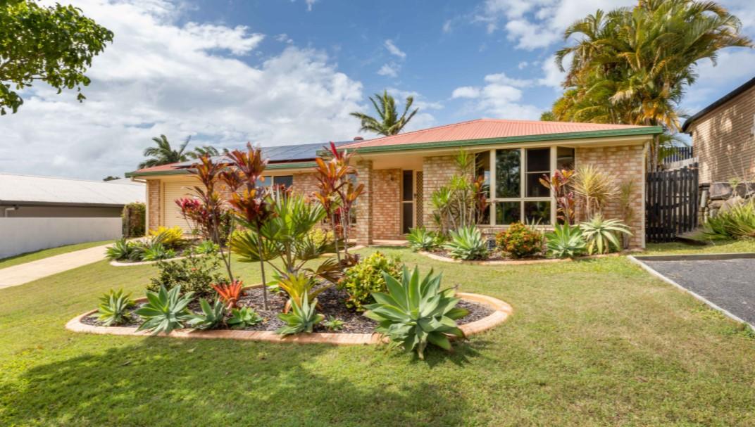 https://www.remax.com.au/property-details/21-Botha-Street-Blacks-Beach-Queensland-4740_20797884