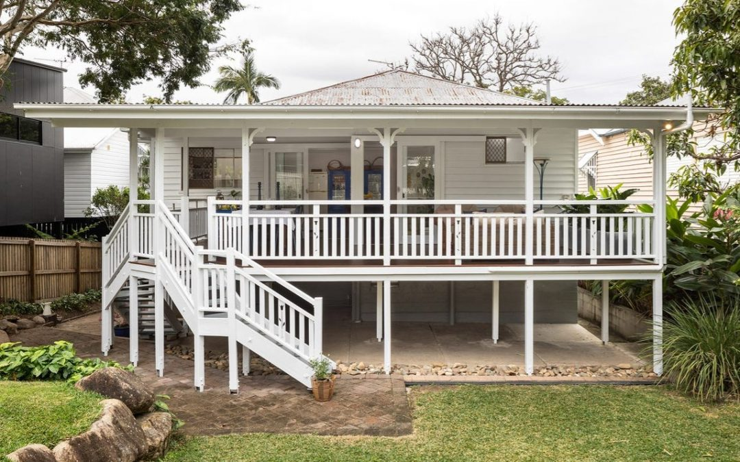 Classic Refurbished Queenslander Bursting with Potential and Charm (Elever)