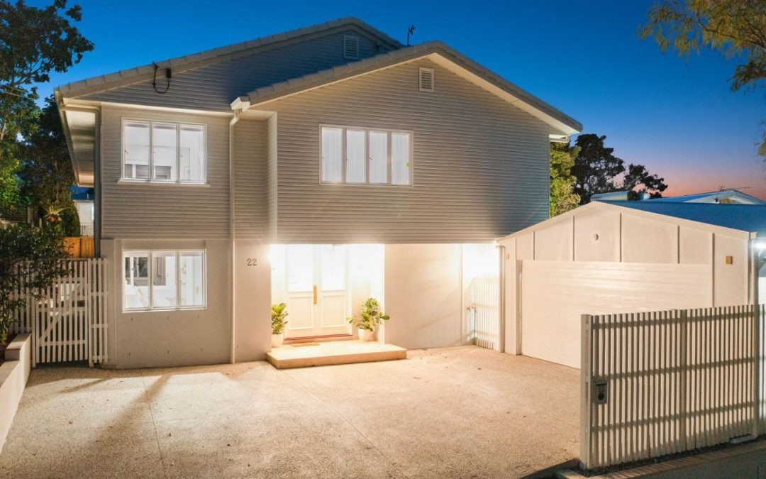 Exquisite Family Living in TSS Precinct – Brand New with Superb Skyline Views (Harcourts Coastal)
