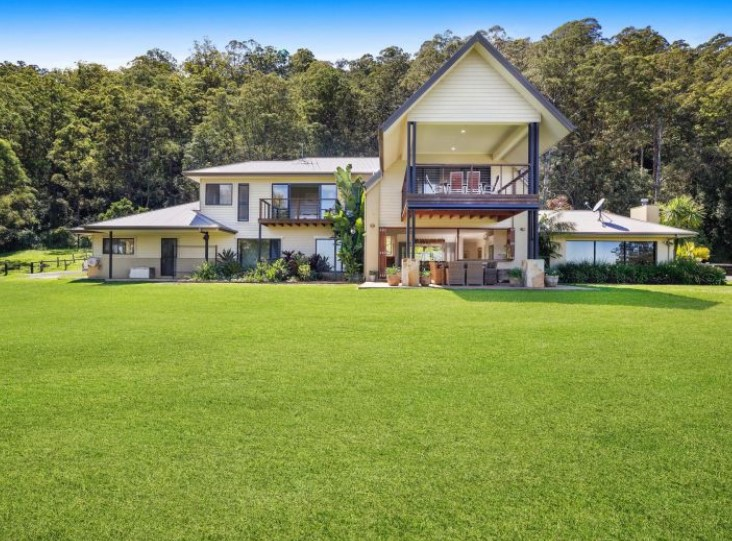 21 Picturesque Acre of Seclusion, Serenity and Tranquillity (Kollosche)