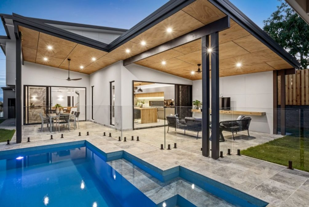 Brand New Master-Built Family Home, 10 mins* from the Beach (Harcourts Coastal)