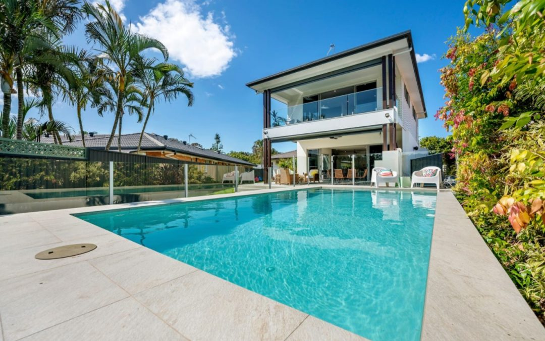 First Class Family Entertainer Backing onto Currumbin Creek (Harcourts Coastal)