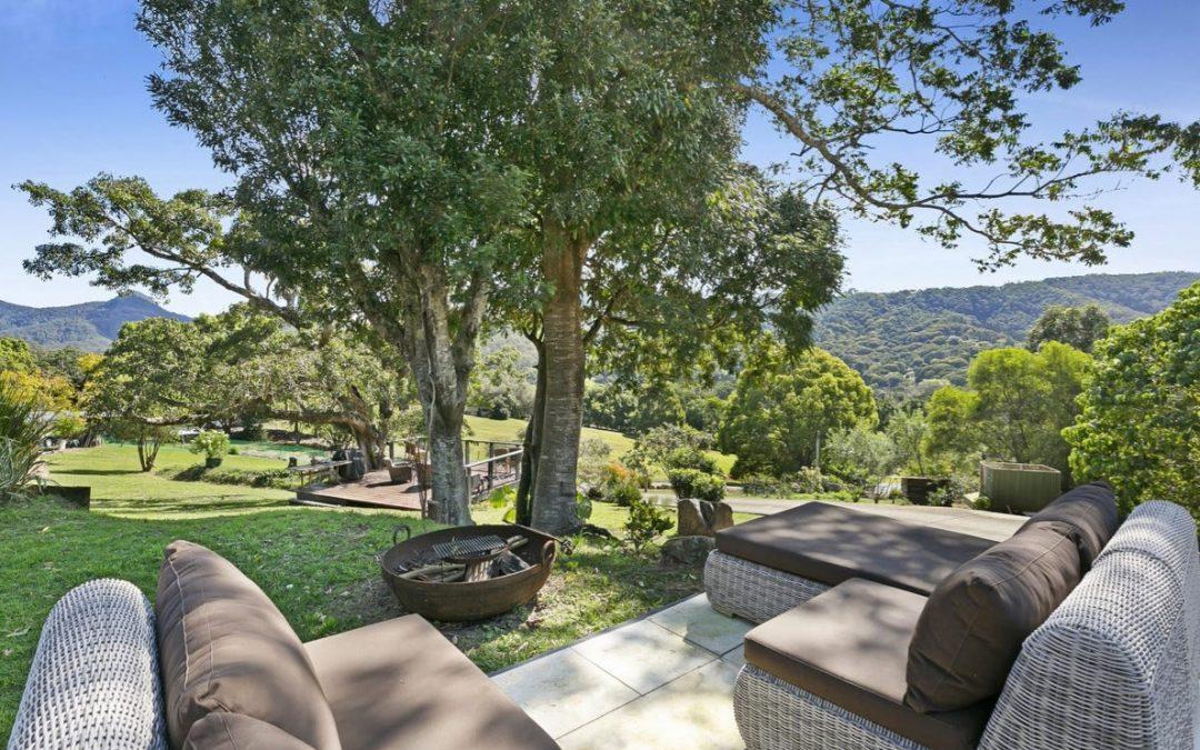 Idyllic Acreage Lifestyle, Sweeping Mountain Views (PRD Burleigh Heads)
