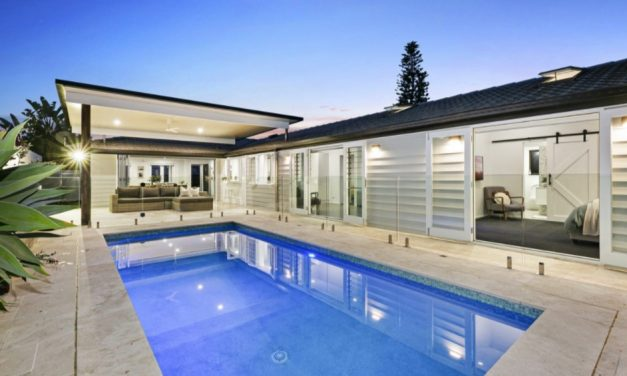 Live the Coastal Dream with a Cool, Contemporary Oasis (PRD Burleigh Heads)