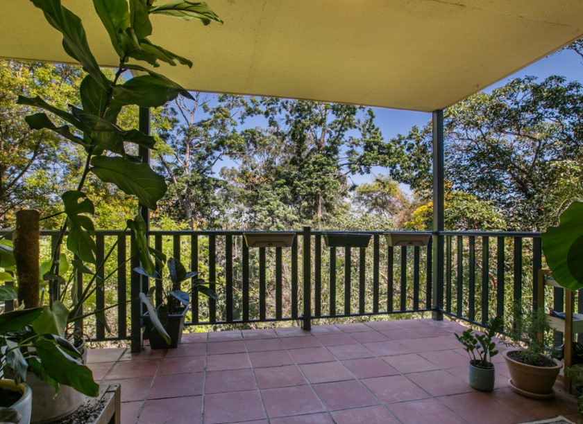 Leafy Serenity in Desirable Highgate Hill (Leo Tsimpikas)